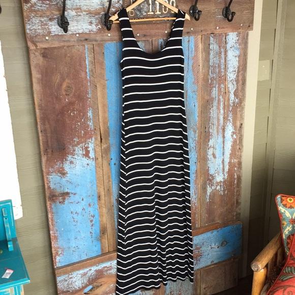 Merona Dresses & Skirts - Merona Black White Striped Maxi Dress